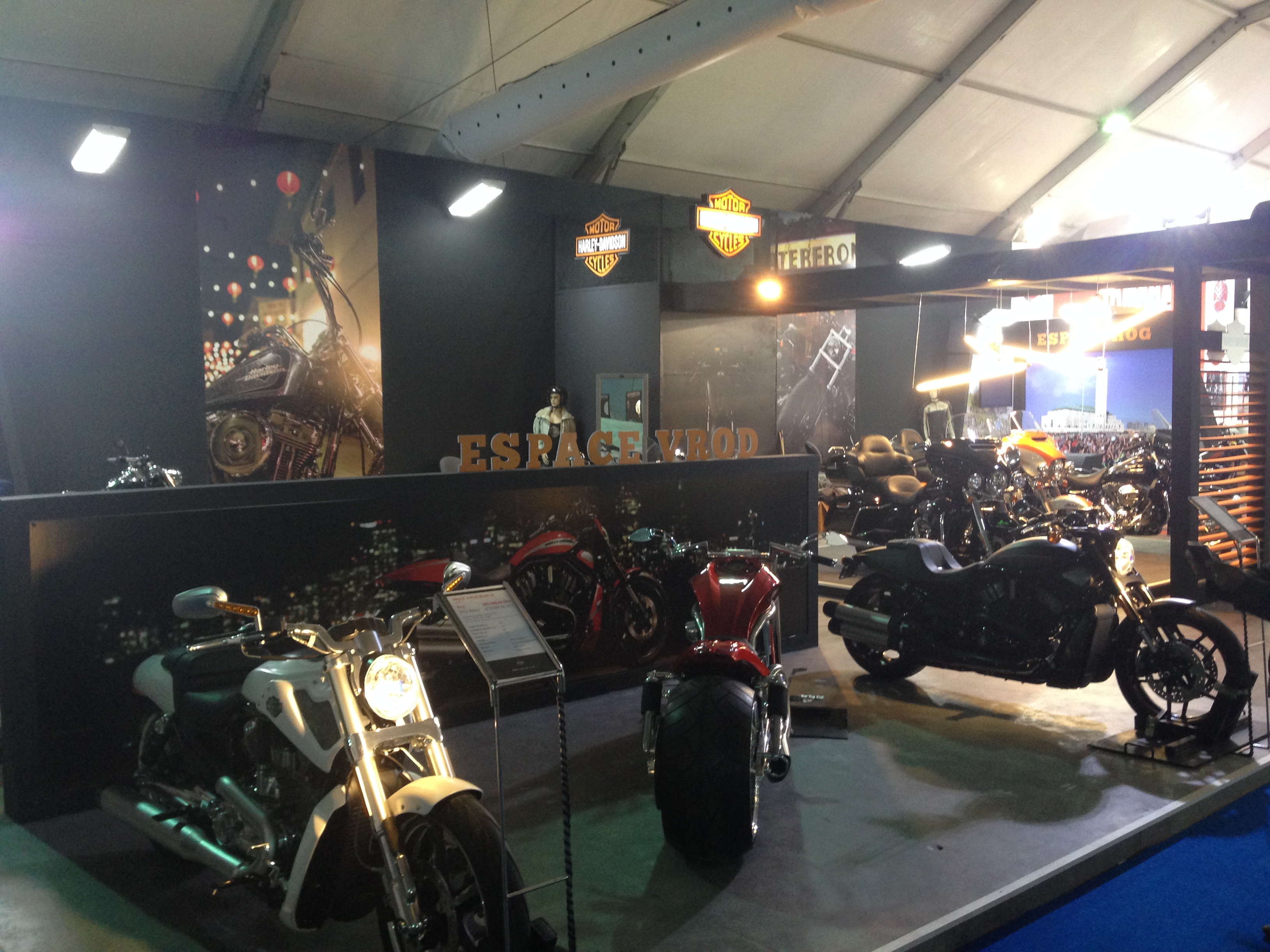 <strong>HARLEY DAVIDSON – STAND AUTO EXPO 2014<span><b>in</b>Stand </span></strong><i>→</i>